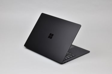 لپ تاپ مایکروسافت سرفیس Microsoft surface laptop 2